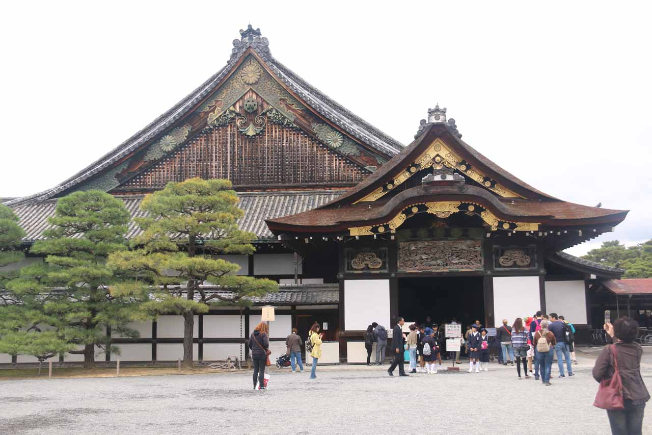 Another one of Kyoto's famous sights was the Nijo Castle, which turned out to be quite the ideal place to visit on a rainy day
