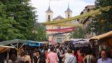 La_Granja_257_06062015 - Last look back at the busy Calle de la Reina during the Mercado Barroco in La Granja