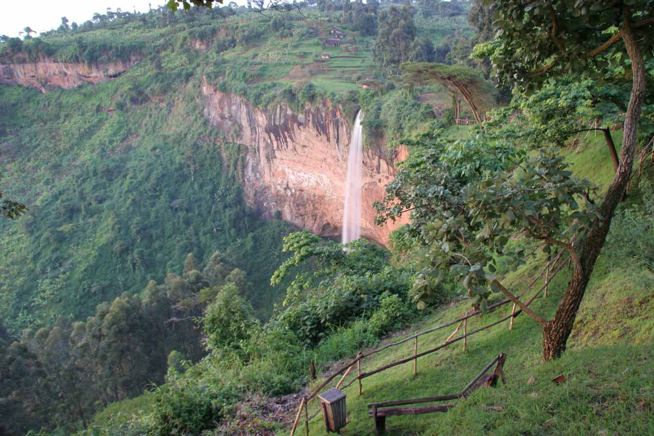 The main drop of Sipi Falls
