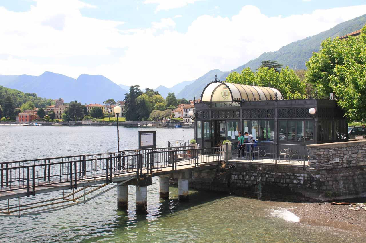 At the boat dock in Lenno