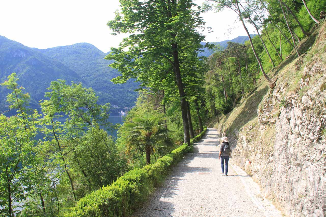 Nice views of Lake Como from the walkway for Villa Balbianello