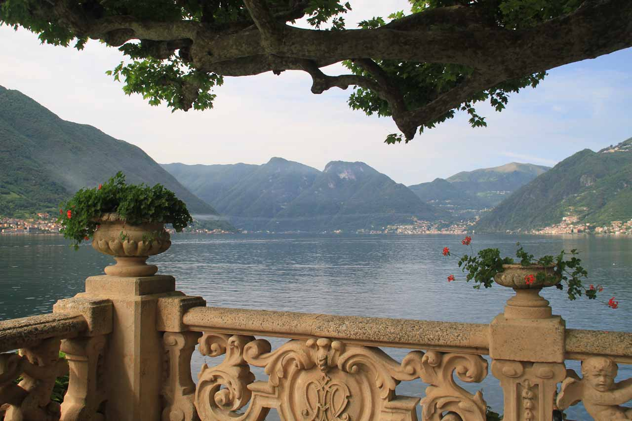 Although L'Orrido di Sant'Anna is on the shores of Lago di Maggiore, not far further east is beautiful and famous Lago di Como