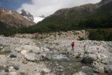 Laguna_de_los_Tres_129_12222007 - Crossing Chorrillo del Salto