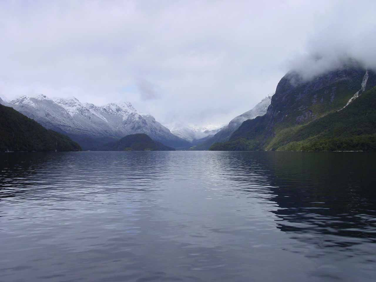 Broad panorama of the scene in front of our vessel as we cruised Lake Manapouri