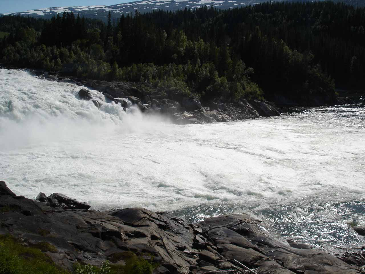 Looking to the frothy base of Laksforsen