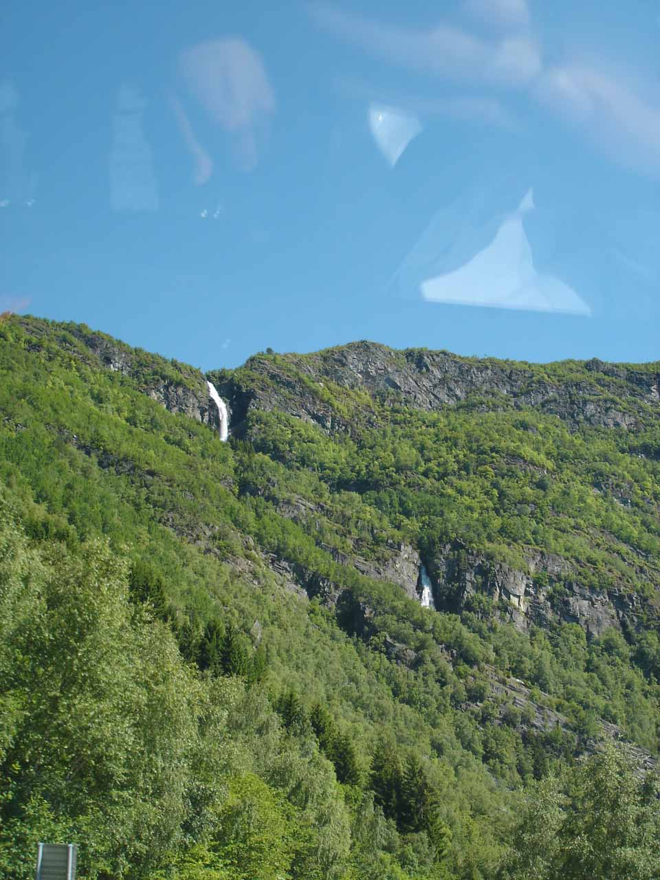 Julie spotted this obscure waterfall as we left Kvinnafossen and headed back east towards Sogndalsfjøra