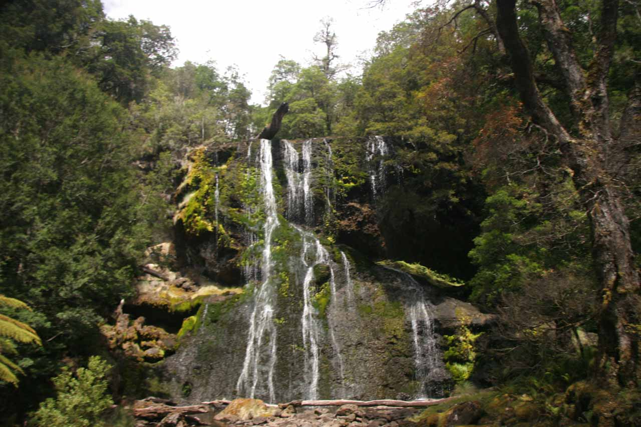 This was the Bridal Veil Falls when we first saw it back in late November 2006 when much of that trip was affected by the severe drought that hit most of southeastern Australia