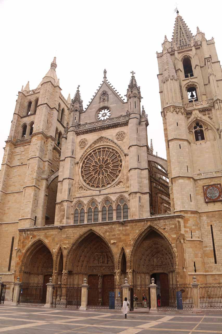 In front of the Catedral de Santa Maria in Leon