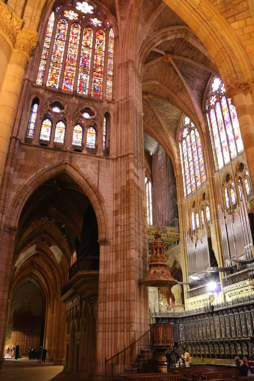 After visiting Cascada de Nocedo, we eventually wound up in León, which featured an impressive dimly-lit cathedral well-adorned with lots of stained-glass windows