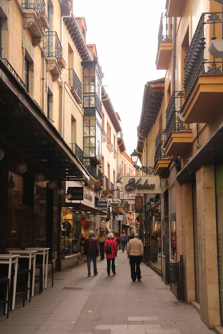 Looking along one of the side streets branching off of Calle Ancha in Leon