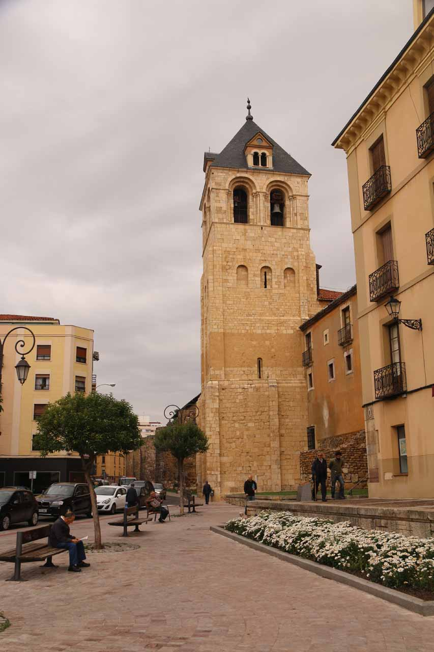 Looking towards some tower near the Basilica de San Isidro in Leon