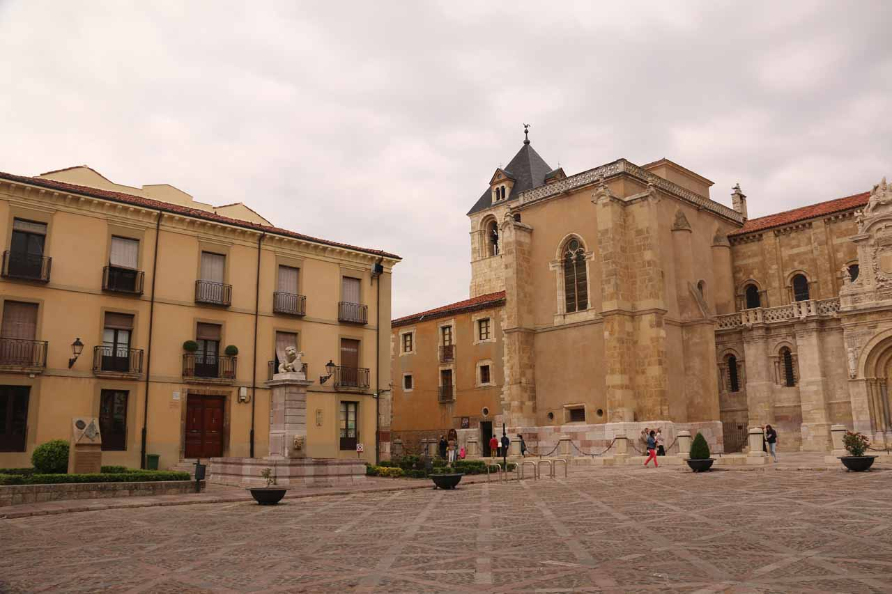 Approaching the Basilica de San Isidro in Leon