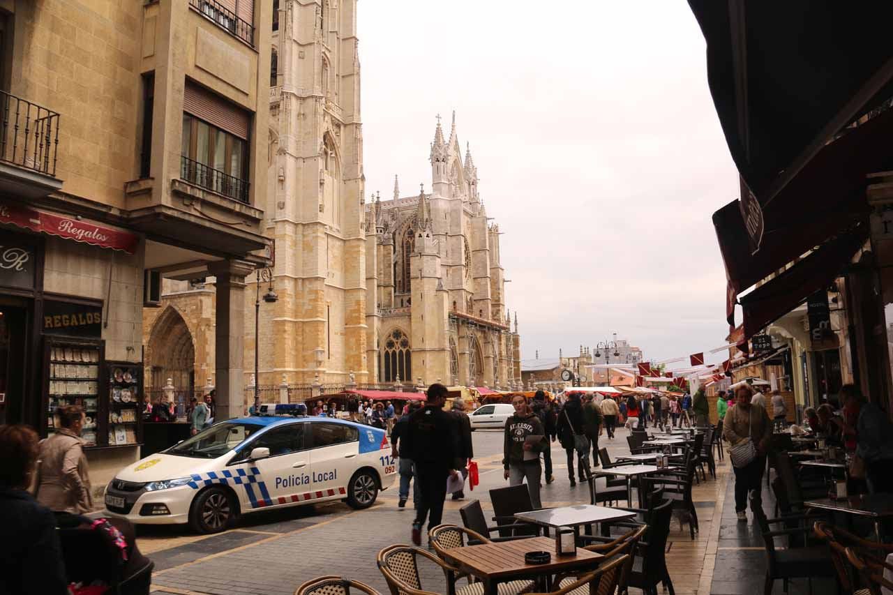 We ended up eating at a restaurant very close to the Catedral de Santa Maria in Leon