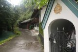 Leutaschklamm_003_06272018 - This was the alleyway called Am Köberl, where this religious figurine in the shelter could serve as the landmark letting you know you're in the right place to pursue Leutaschklamm