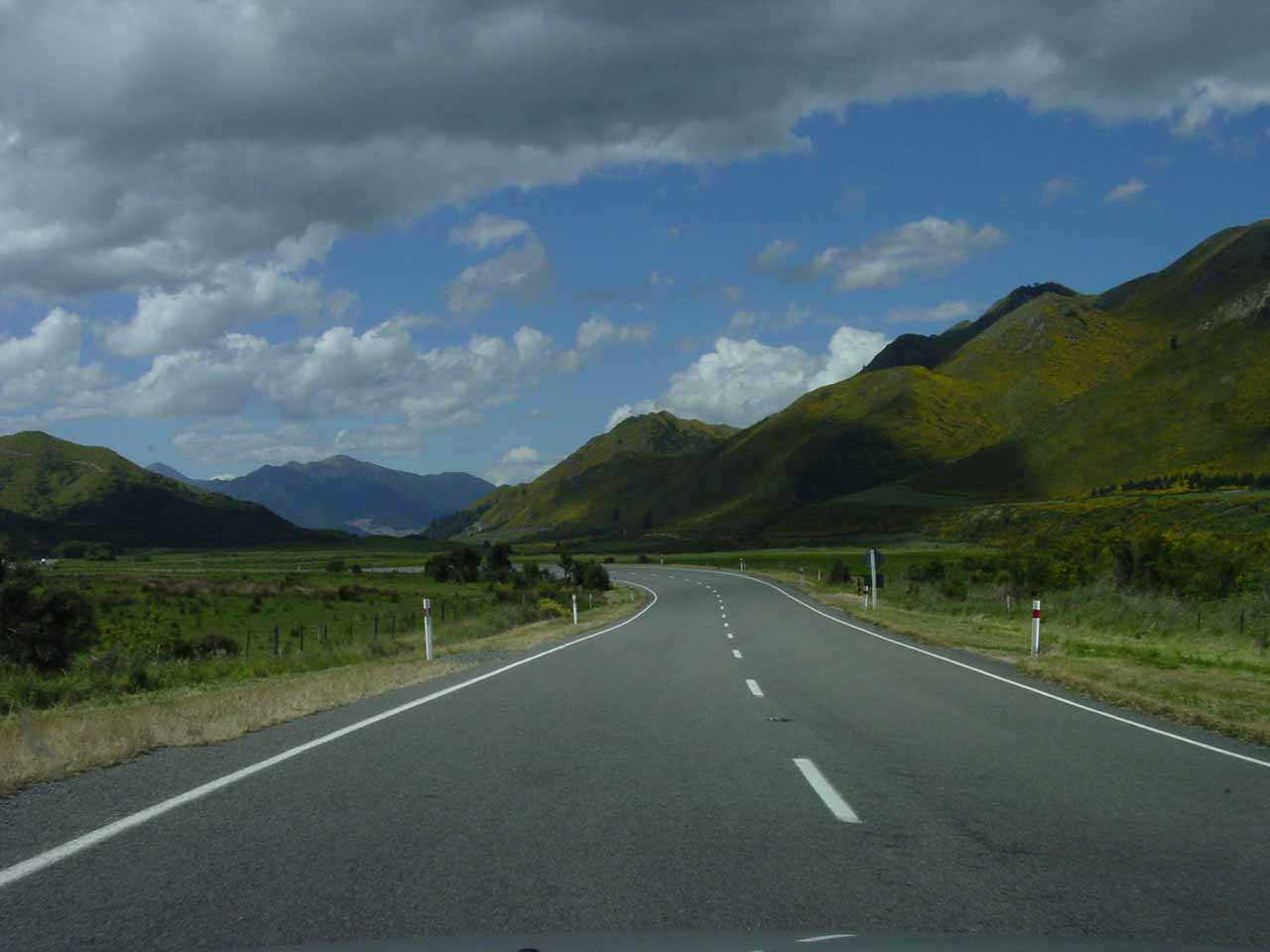 Driving the Lewis Pass Highway