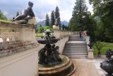 Linderhof_Palace_050_06272018 - Checking out some of the statues and fountains between the Temple of Venus and the Linderhof Palace