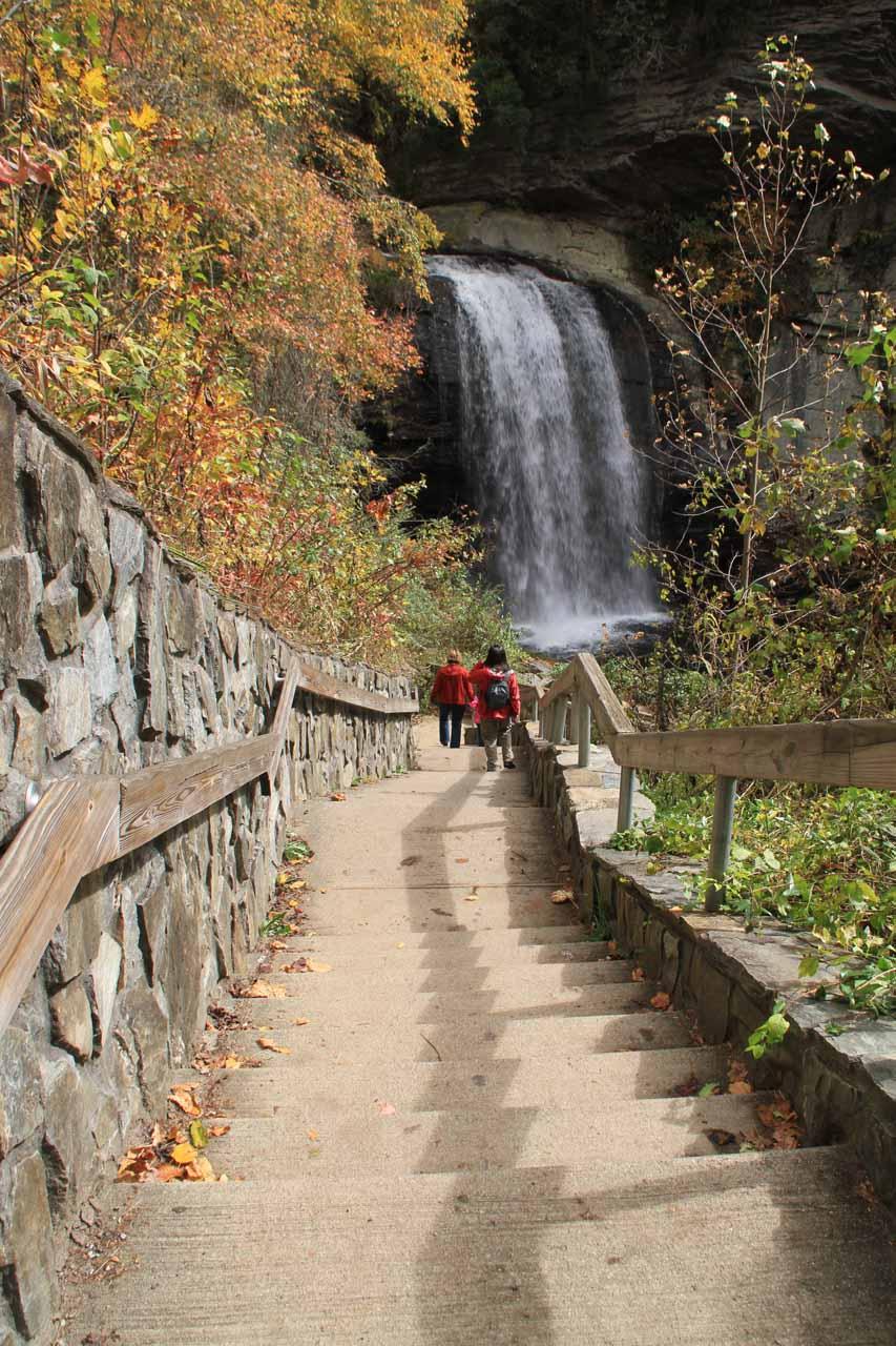 Descending towards the falls