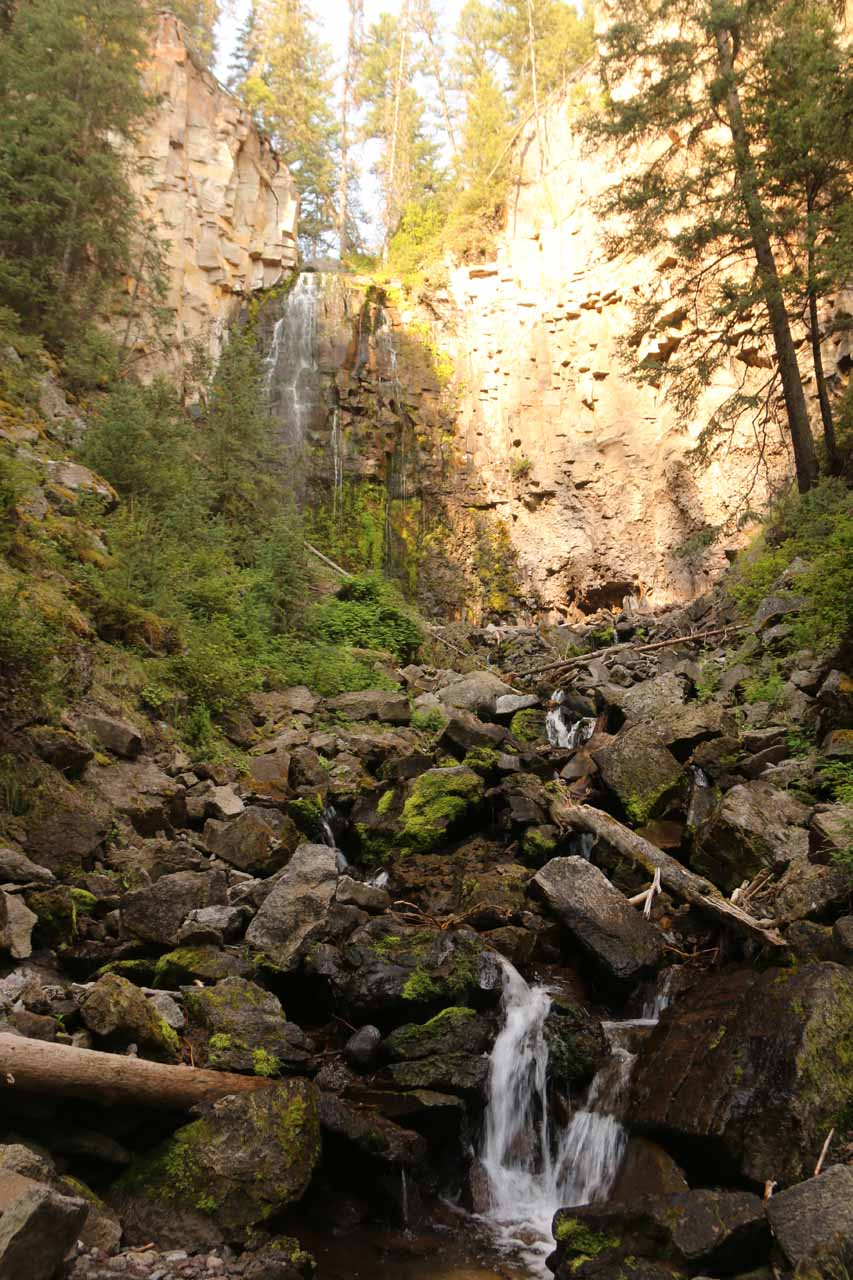 Looking up at Lost Creek Falls as the sun started to penetrate the mini canyon