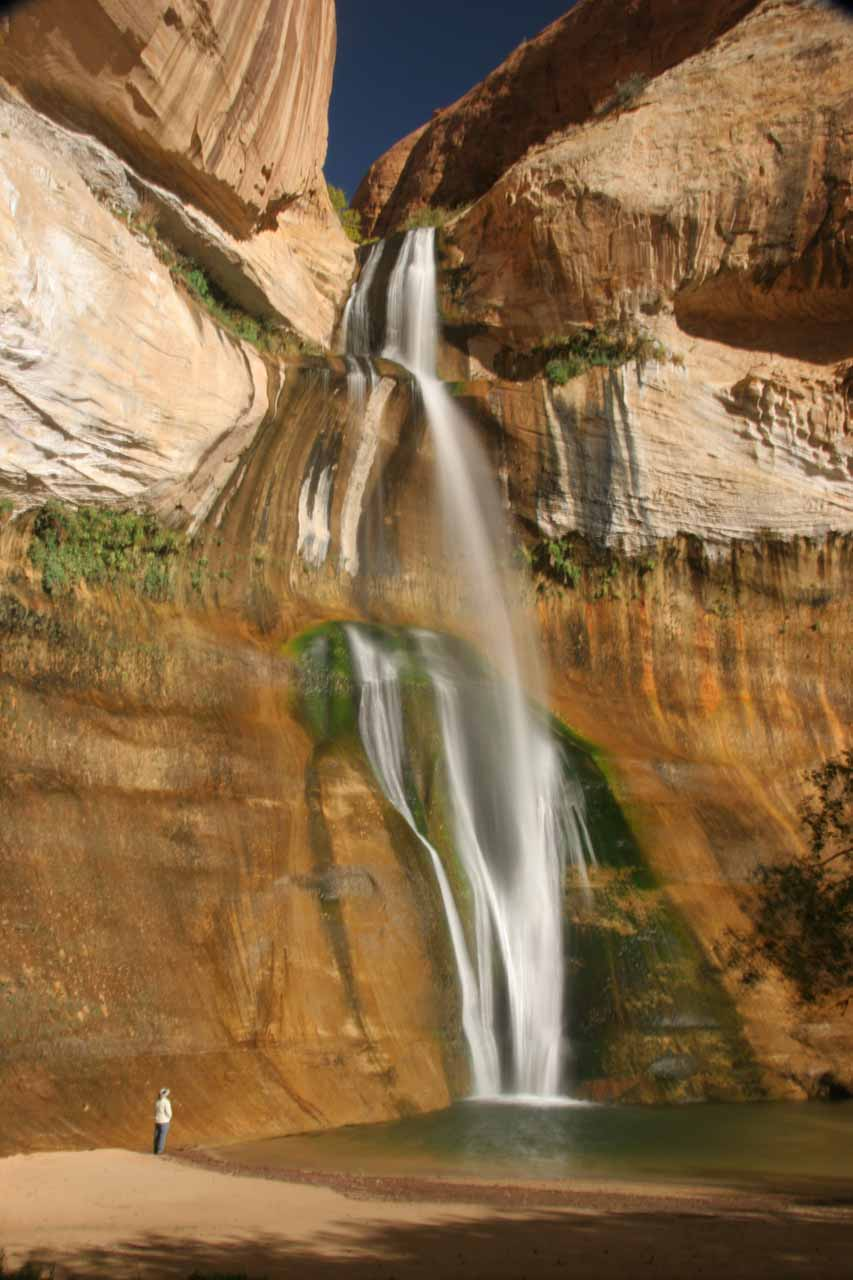 Imagine relaxing before this waterfall - the Lower Calf Creek Falls in Utah