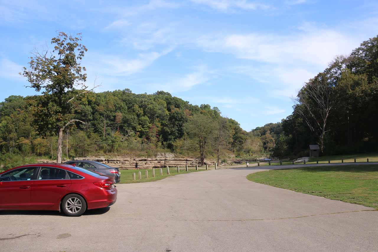 The car park for the Lower Cataract Falls