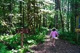 Lower_Lewis_River_Falls_008_06242021 - Julie and Tahia starting on the short walk to the Lower Lewis River Falls