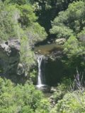 Lower_Makamakaole_Falls_002_09022003