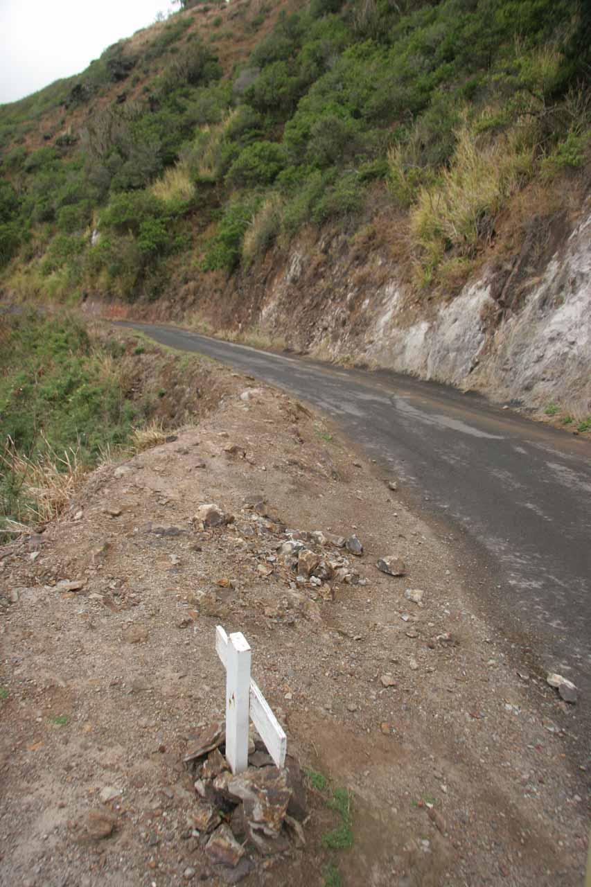 The cross and the narrow Kahekili Hwy