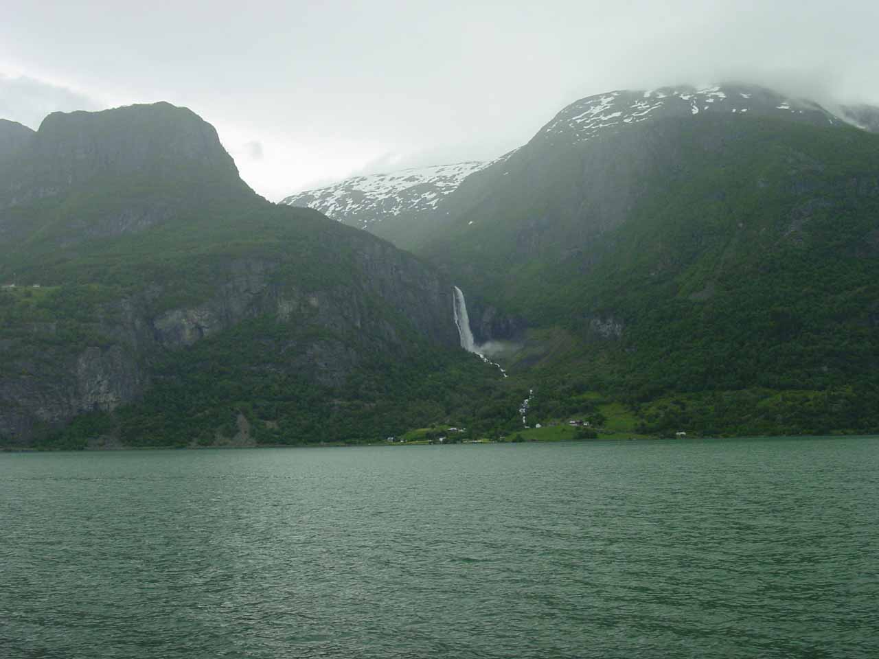 Feigefossen was the other waterfall further to the south of Mordølefossen, which had a somewhat similar resemblance