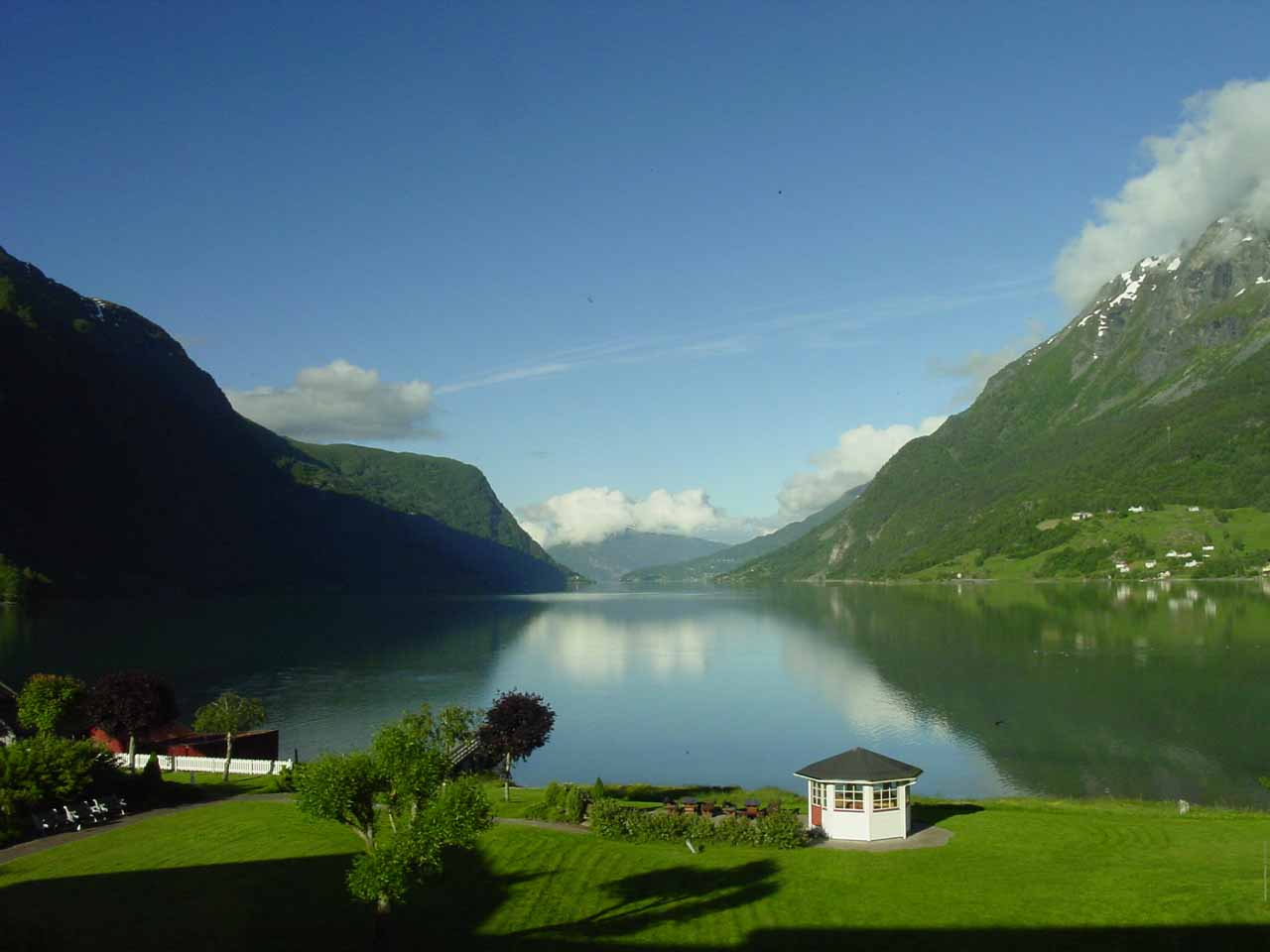 This was the view of beautiful Lustrafjorden from our hotel in Skjolden when we awoke to fine weather the next morning