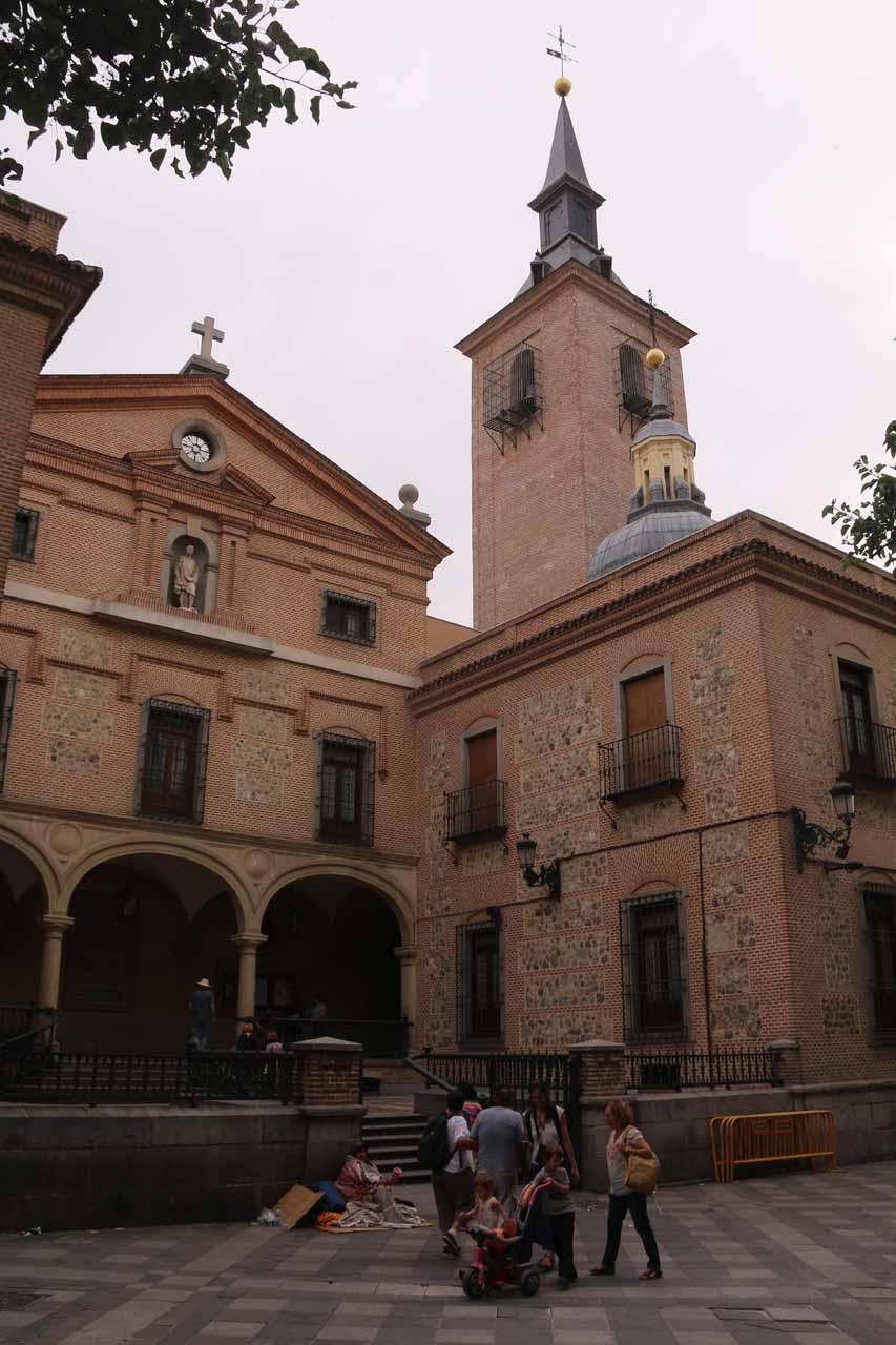 An interesting church seen along Calle del Carmen