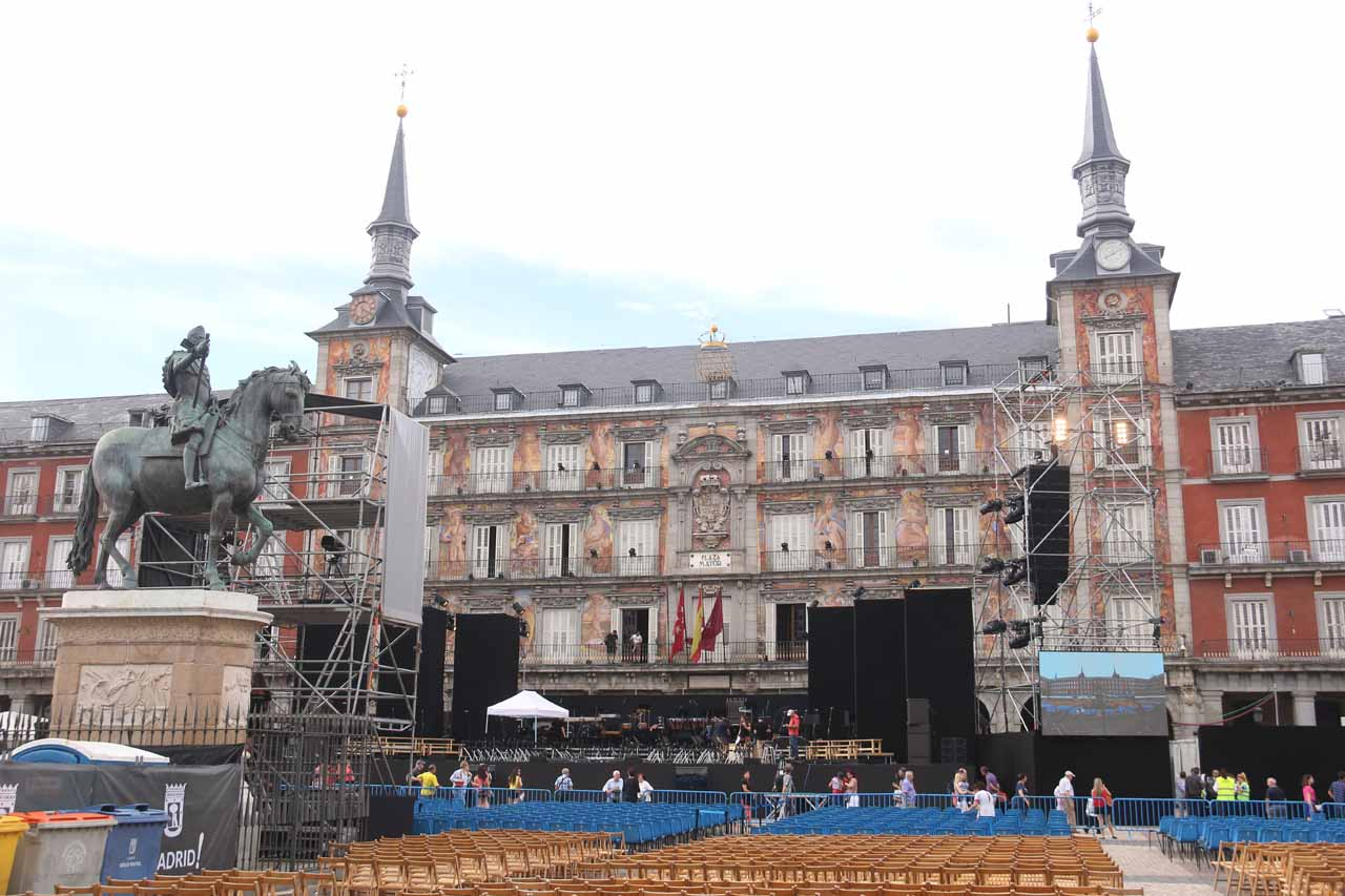 Plaza Mayor with the hideous stage