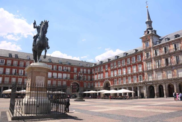 Madrid_064_06022015 - Somosierra was just north of the metropolis of Madrid, which pretty much was the geographic heart of Spain, featuring a blend of the old (like the Plaza Mayor shown here) and the new