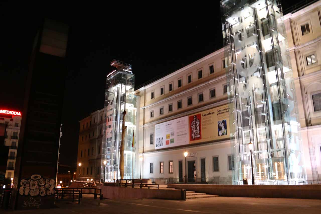 Checking out the Museo Nacional Centro de Arte Reina Sofia from its exterior