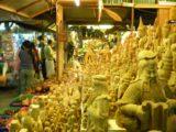 Mae_Sot_020_jx_01012009 - Local market at the border