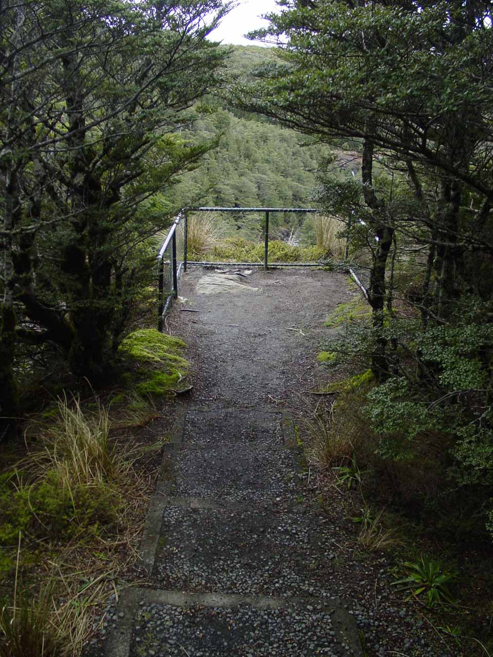 Approaching the fenced lookout for Mangawhero Falls