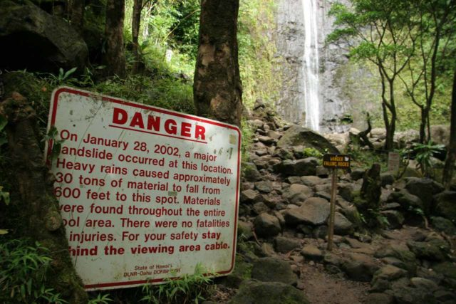 Manoa_Falls_034_01182007 - Sign explaining some of the changes around Manoa Falls