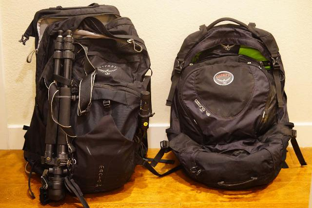 Comparing the sizes of the Osprey Manta 34 pack (left) with the Osprey Ozone 46 travel pack (right)