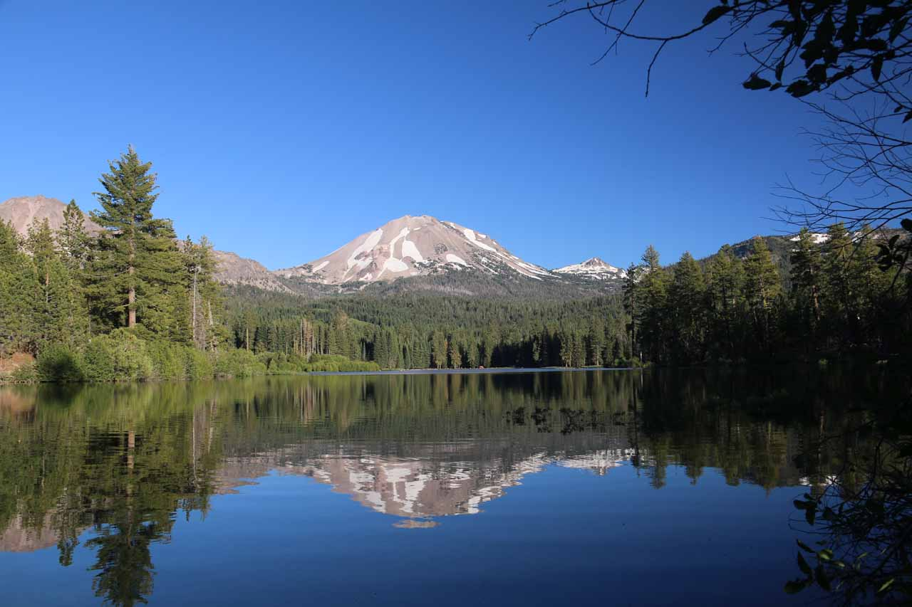 After finishing off the Kings Creek Falls hike, we continued driving up towards the Northern Entrance to Lassen Volcanic National Park, where the reflective Manzanita Lake was next to it