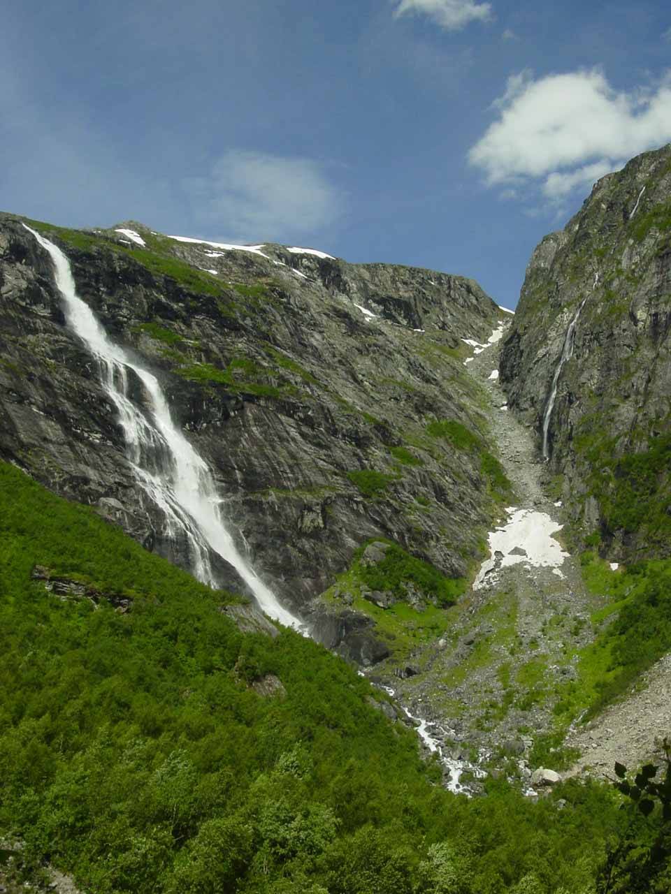 A cleaner look at the Ytste Mardalsfossen