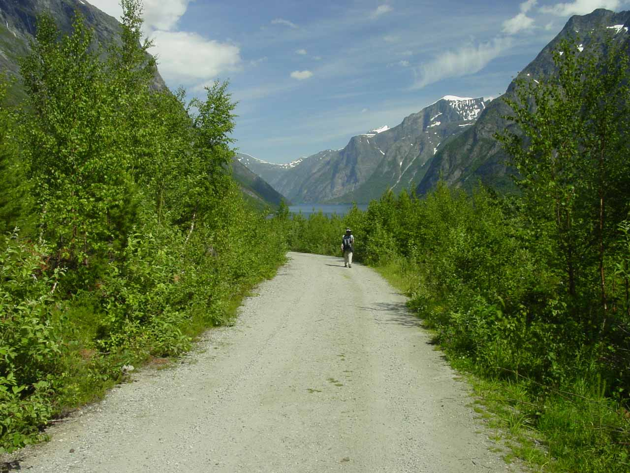 Returning to the trailhead with Eikesdalsvatnet in the distance