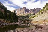 Maroon_Bells_059_10192020 - An even more contextual look across Maroon Lake towards the Maroon Bells