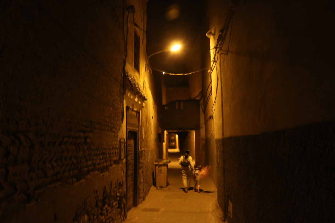 Now walking on the quiet alleyways on the way to our riad