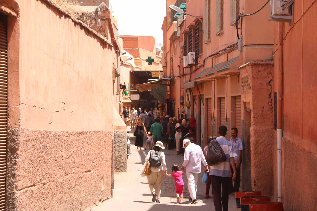 Making our way back to the riad for a quick break before continuing on our visit to Setti Fatma