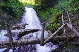 Martha_Falls_049_06212021 - Context of the one-sided log bridge fronting Martha Falls