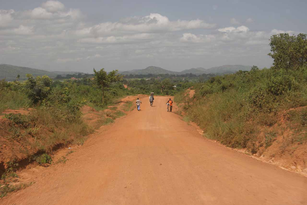 Road leading to Masindi