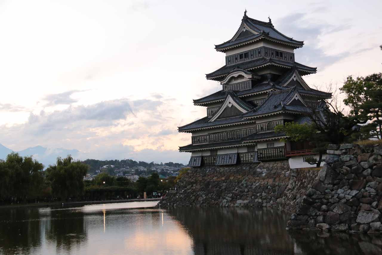 Zengoro-no-taki was one of our waterfall excuses to come out to Matsumoto, but the big highlight was the wooden Matsumoto Castle, which was a UNESCO site