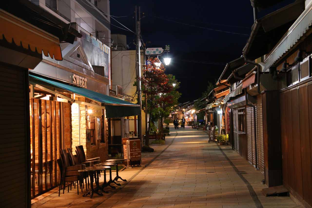 In addition to the Matsumoto Castle, the alleyways of the Nakamachi-dori District of the city was also an atmospheric stroll