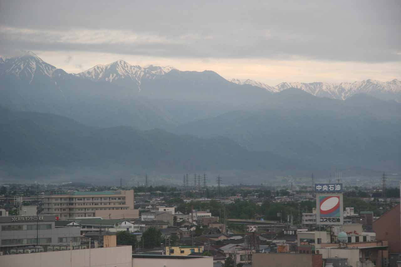 We started off our hectic day with an early morning wakeup at Matsumoto city, where we got this view