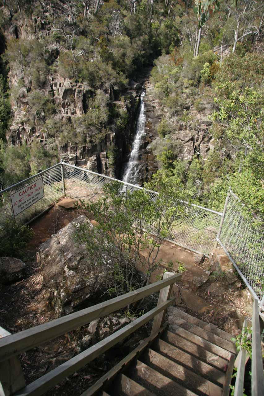 Descending towards the lookout