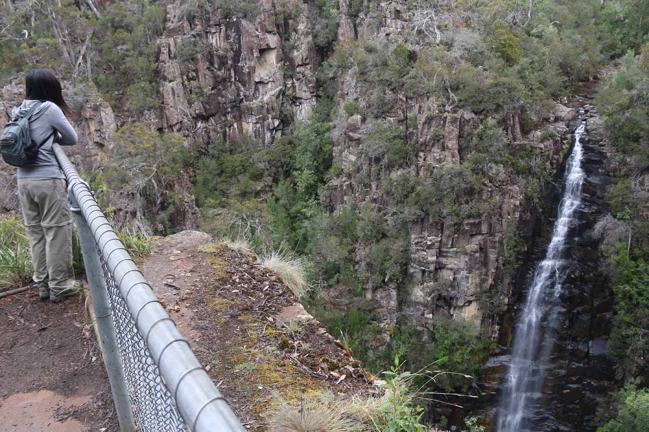 Context of the Meetus Falls Lookout and the waterfall itself